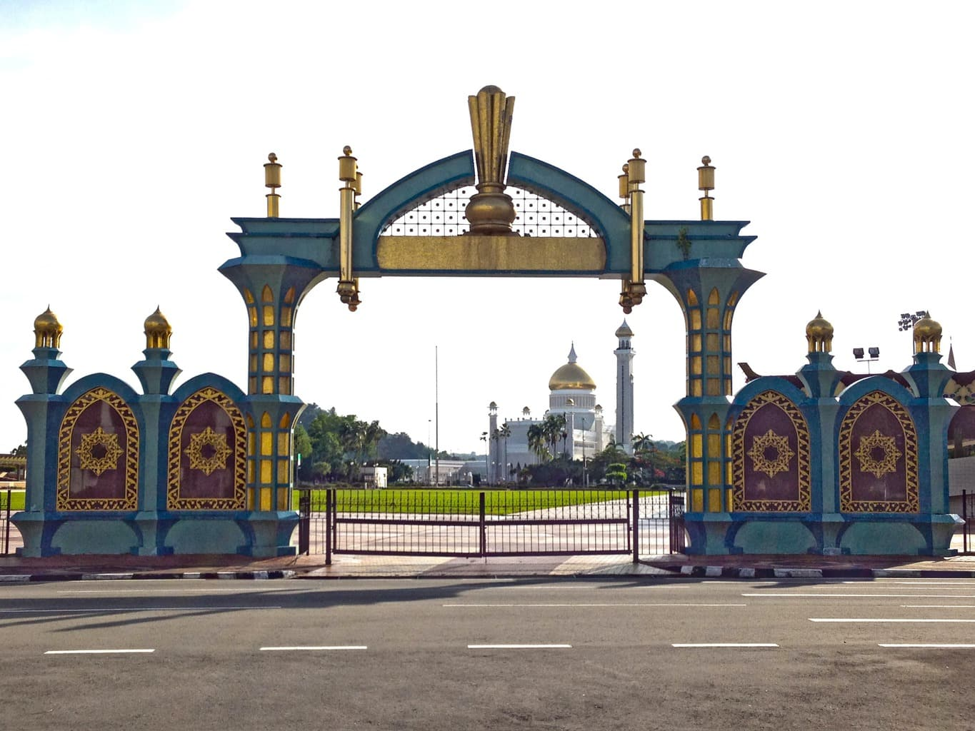 Gateway to Omar Ali Saifuddien Mosque
