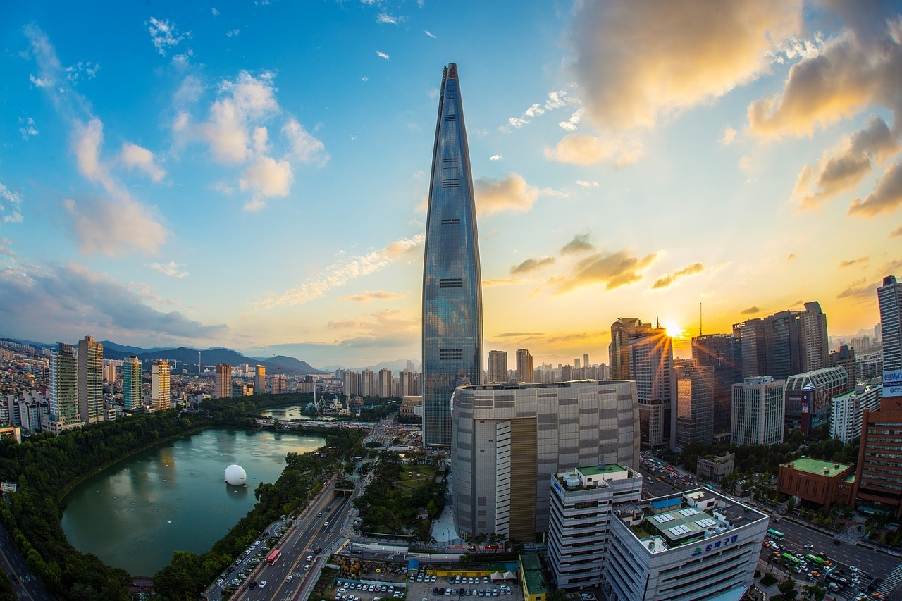 Lotte World Tower and Mall with Sokcheon Lake to the left