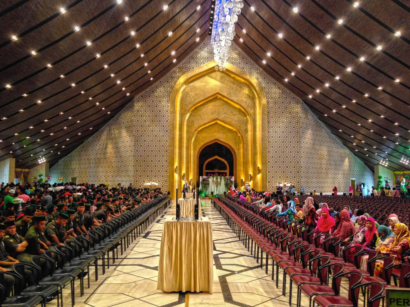 Men and women are separated at Istana Nurul