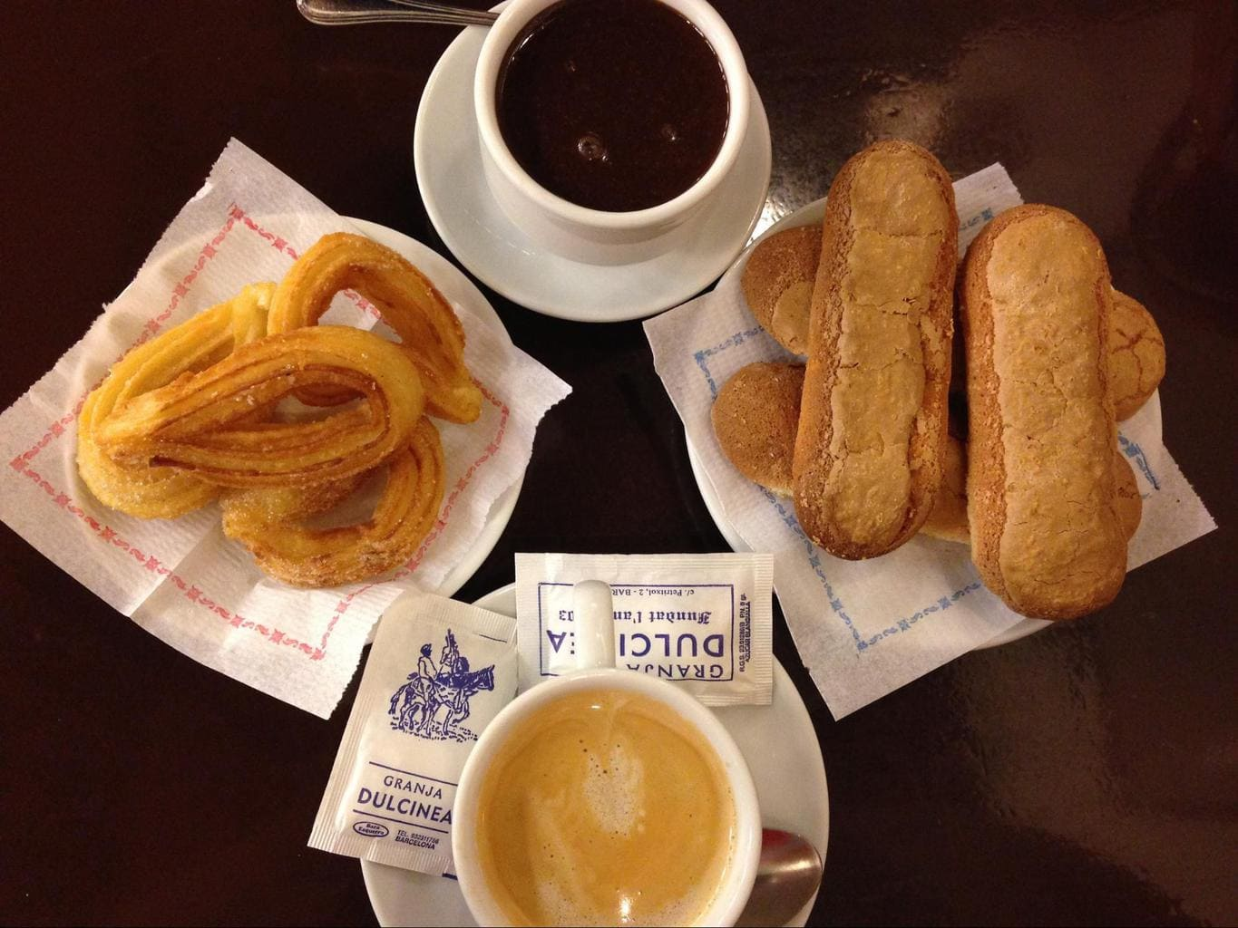 Hot chocolate, churros, coffee and melindros from Granja Dulcinea