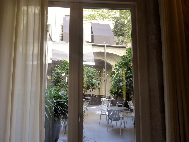 Hotel Mercer courtyard