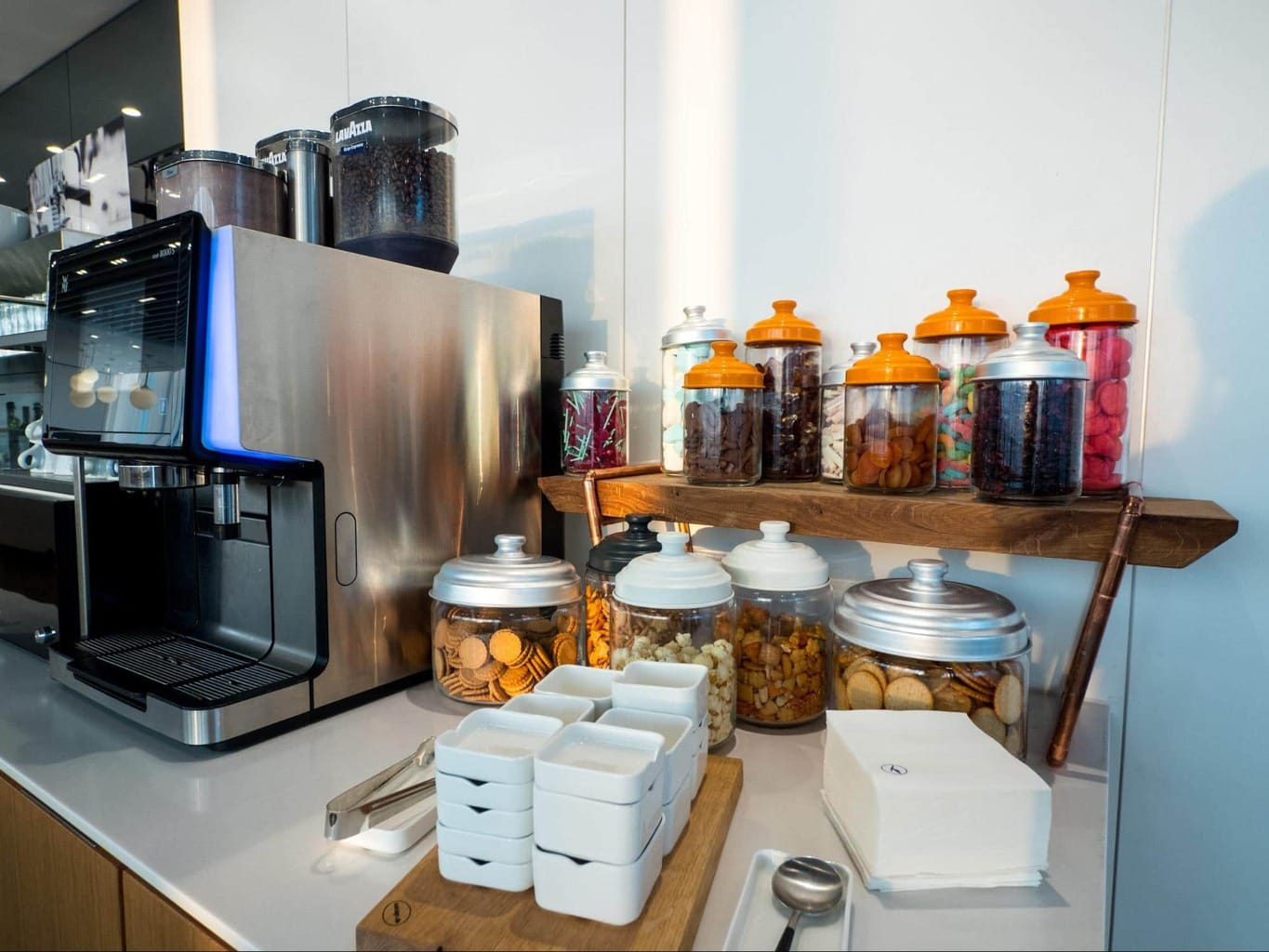 Coffee, drinks and snacks in Lufthansa Business Class Lounge at Munich Airport