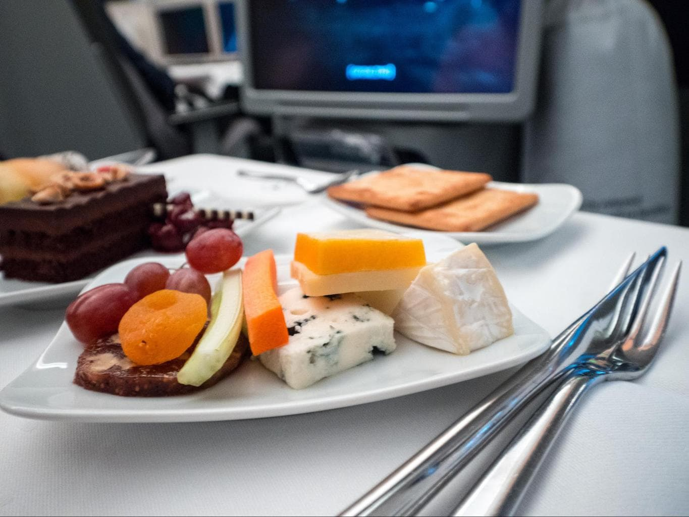 Lufthansa Business Class food - Cheese platter