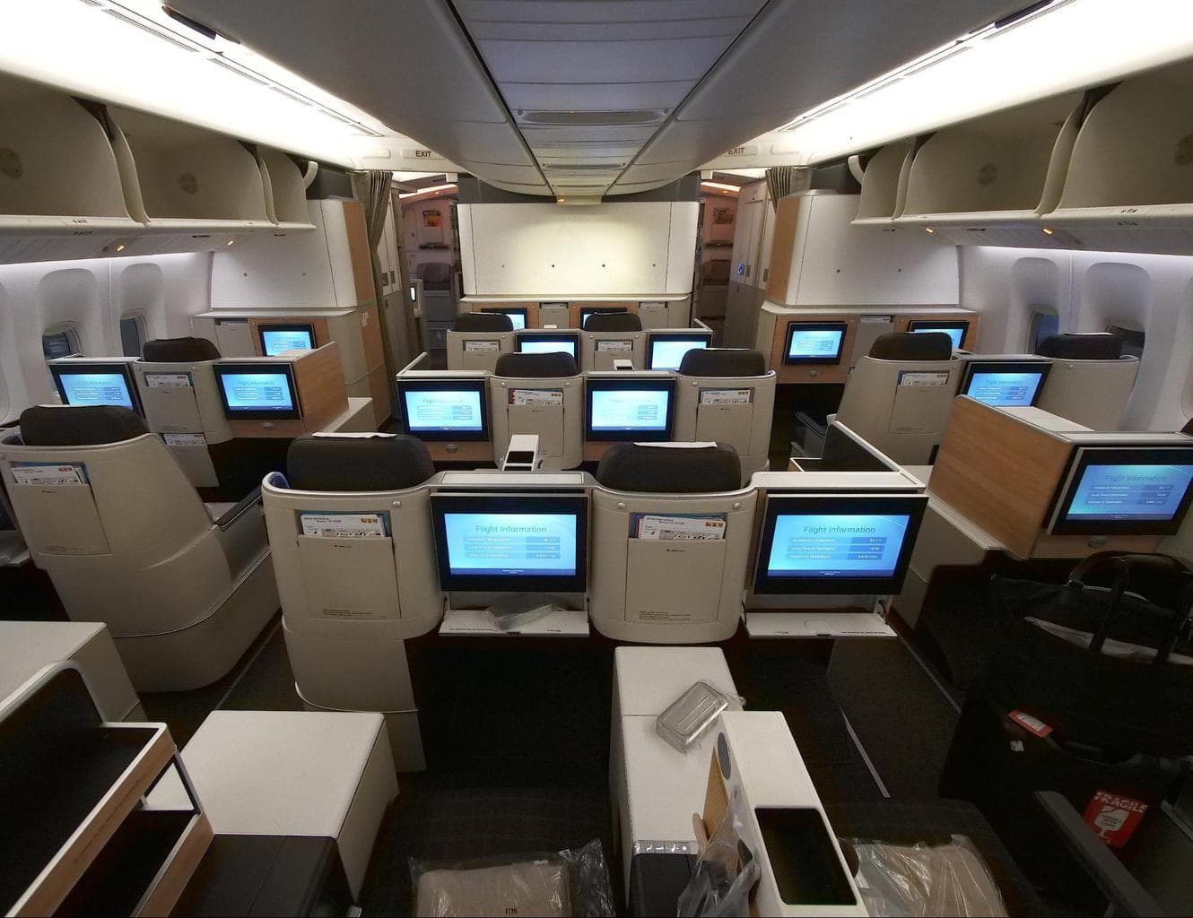 Second cabin on B777 Business Class with Swiss