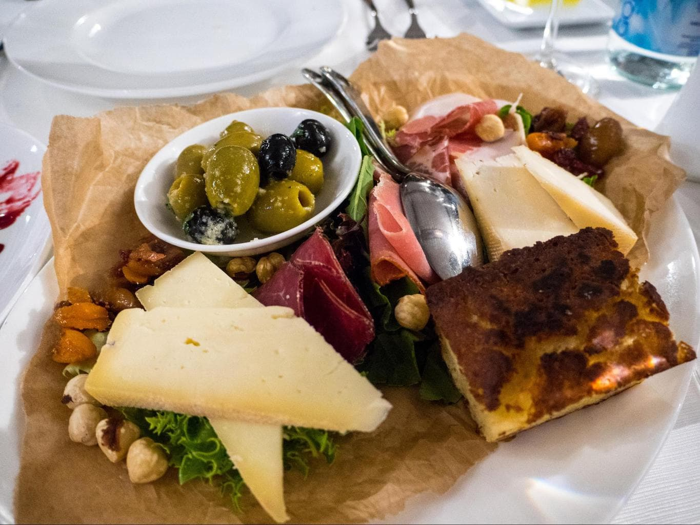 Starter of cheese and cold cuts