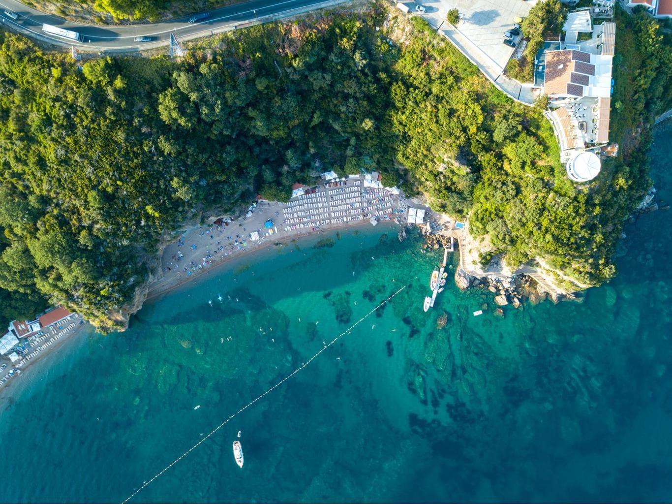 Drone shot of the larger part of Mogren Beach