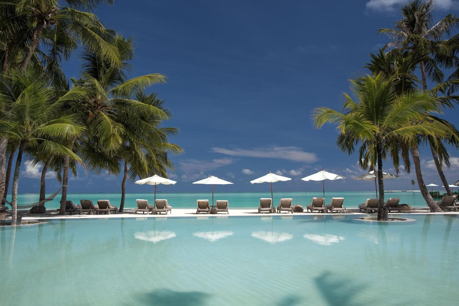 Gili Lankanfushi swimming pool - Courtesy of Gili Lankanfushi