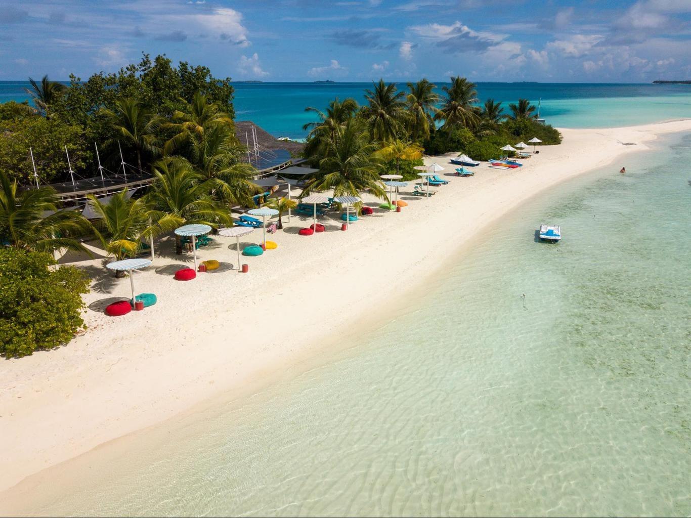 Lagoon Bar at LUX* Maldives