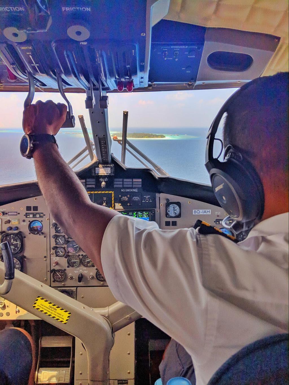 Landing in a seaplane