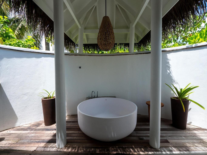 Outdoor bathtub at Beach villas