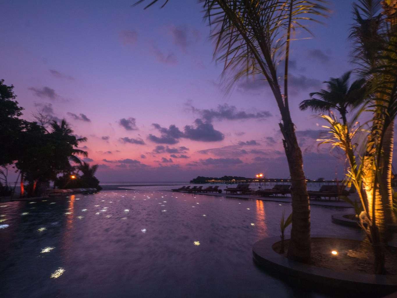Sunsets at Mura Bar in Joali Maldives