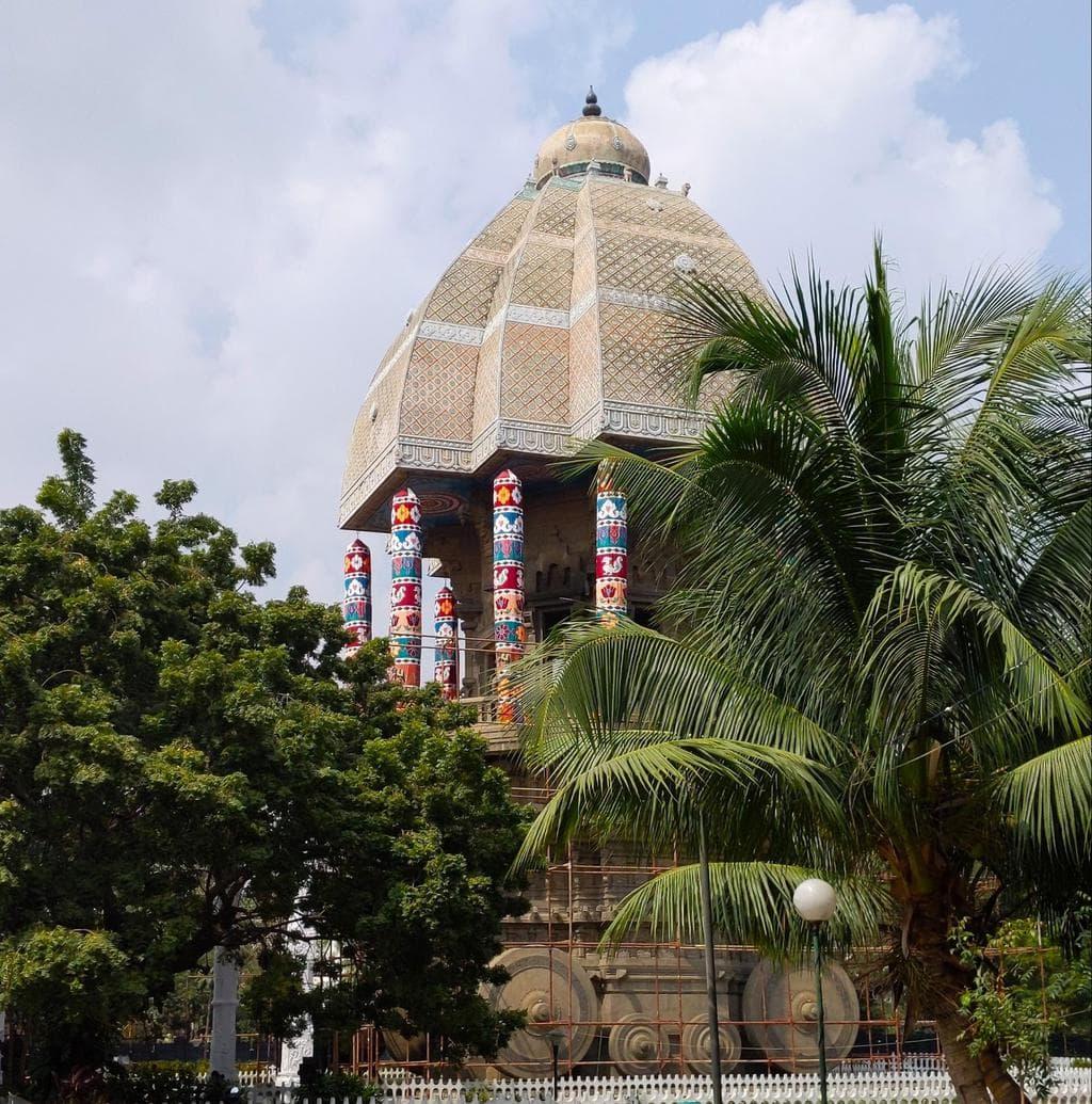 Thirukkuṛaḷ memorial from afar