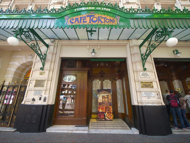 Cafe Tortoni entrance