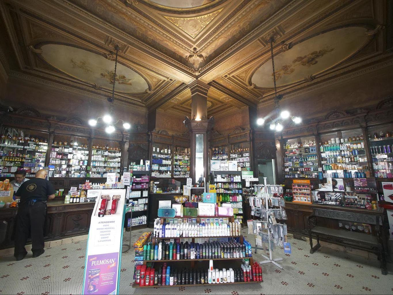 Farmacia de la Estrella store
