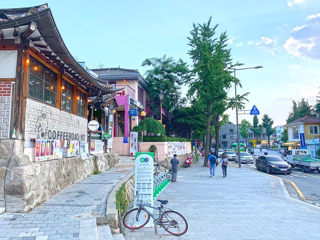 Coffee shop and dessert in Samcheongdong