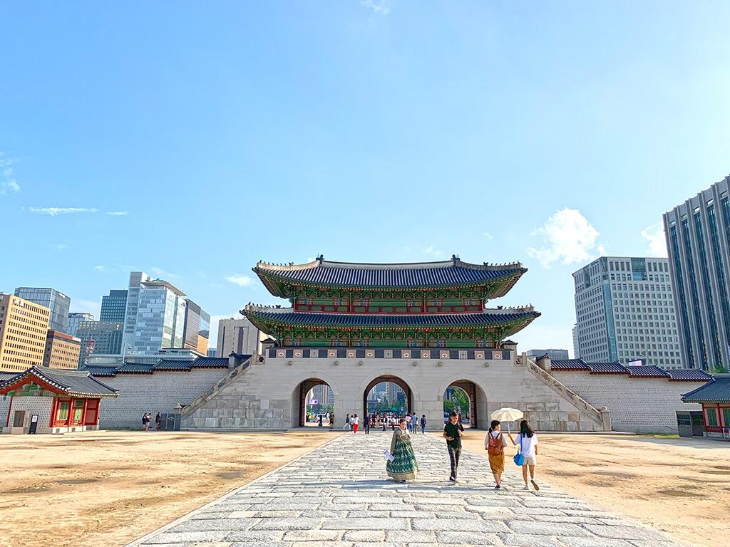 Gwanghwamun from inside Gyeongbokgung