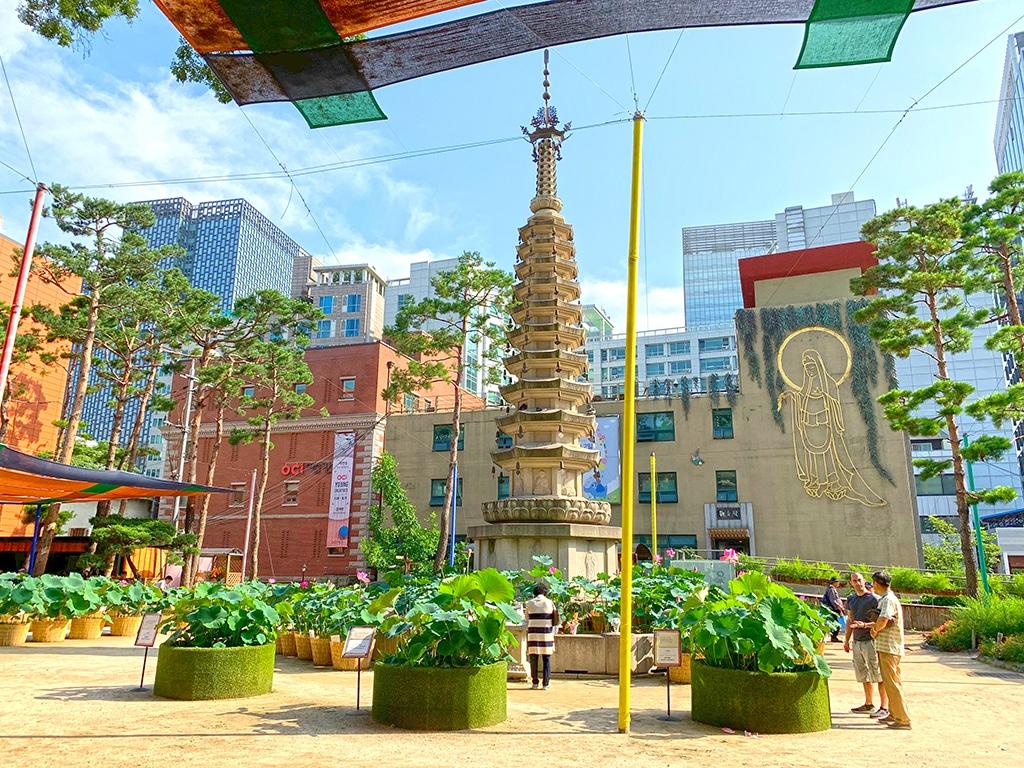 Pagoda at Jogyesa Temple