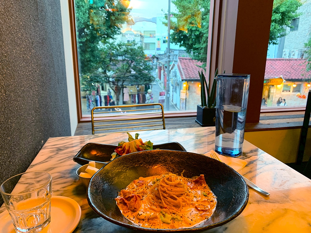 Pasta with a view in Samcheongdong