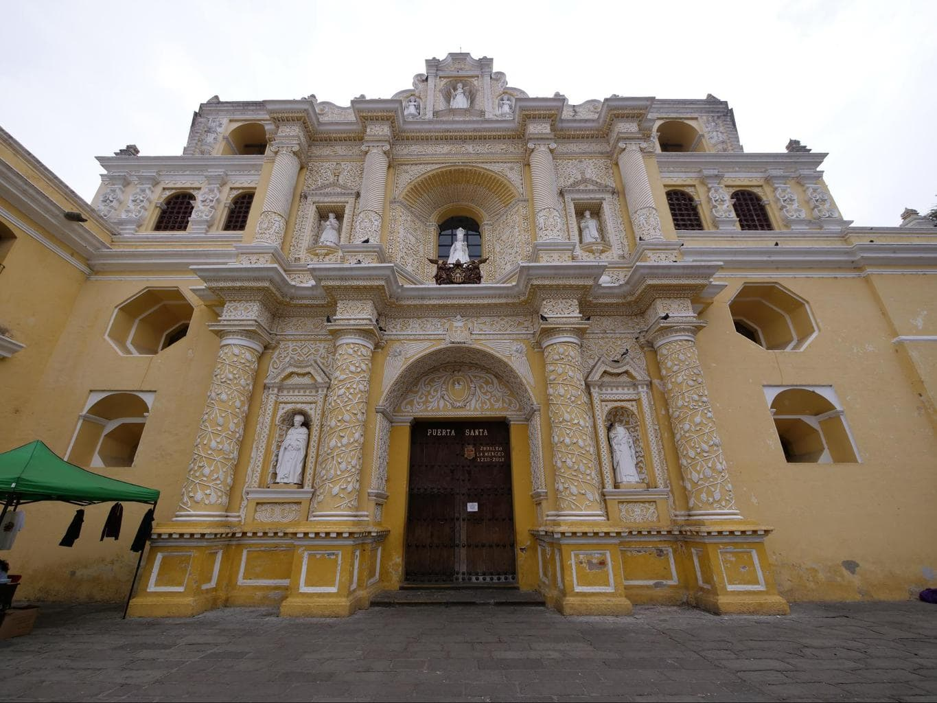Entrance to Iglesia de la Merced