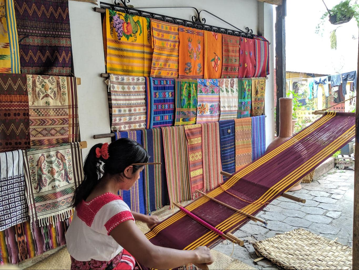 Mayan traditional cloth making