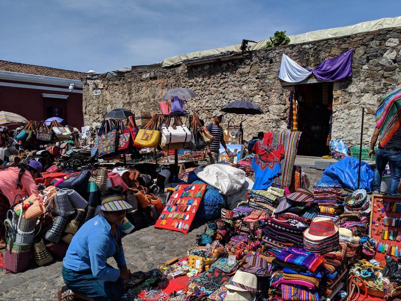 Mercado de Artesanias El Carmen 01