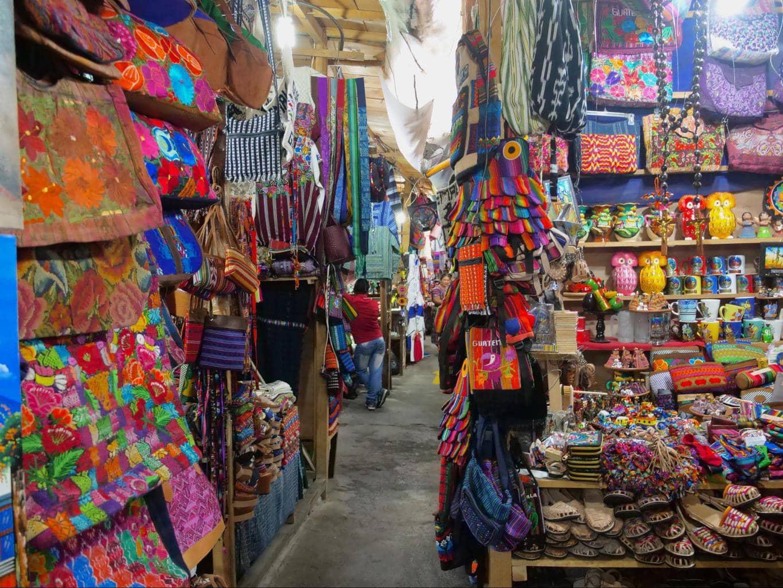 Mercado de Artesanias El Carmen 02