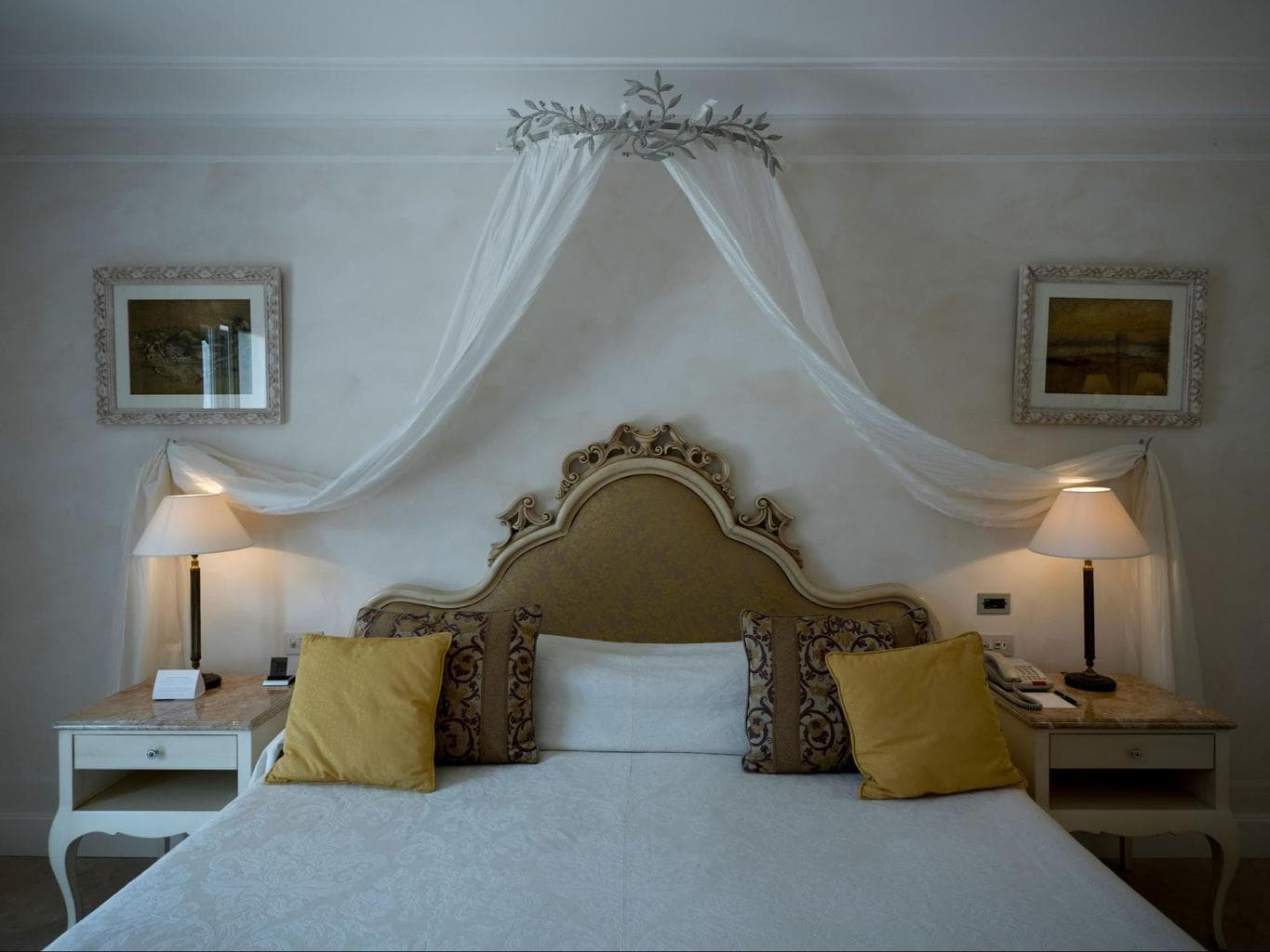 Bedroom of the Presidential Suite at Belmond Villa Sant'Andrea
