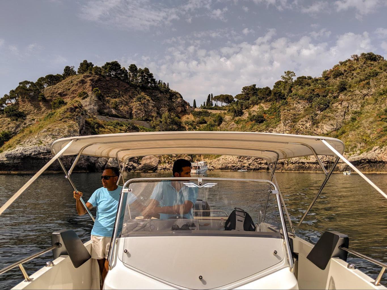 Boat cruise at Belmond Villa Sant'Andrea 01
