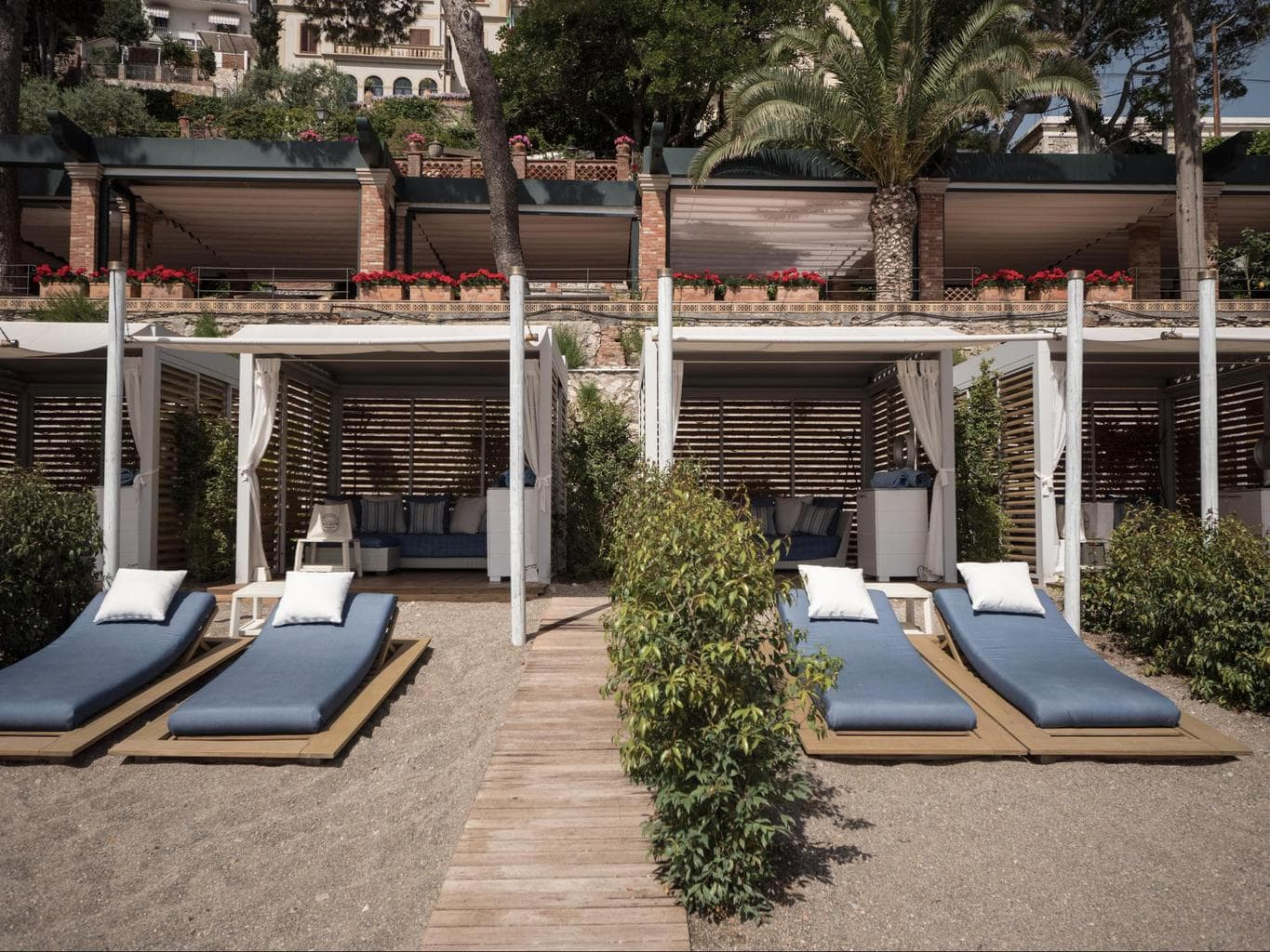 Private cabanas at Belmond Villa Sant'Andrea
