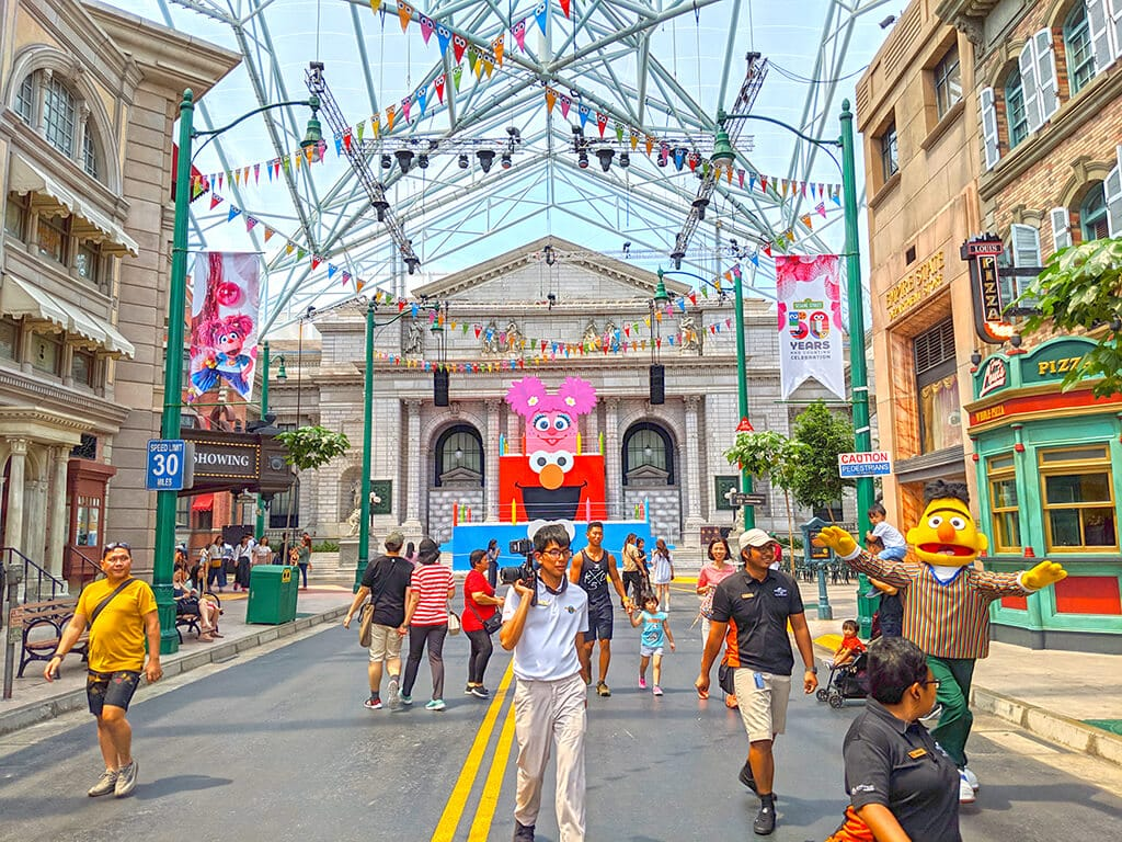 Universal Studios Singapore street