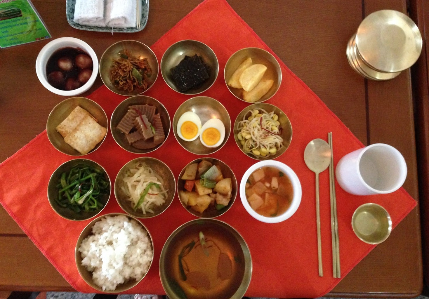 North Korean food feast