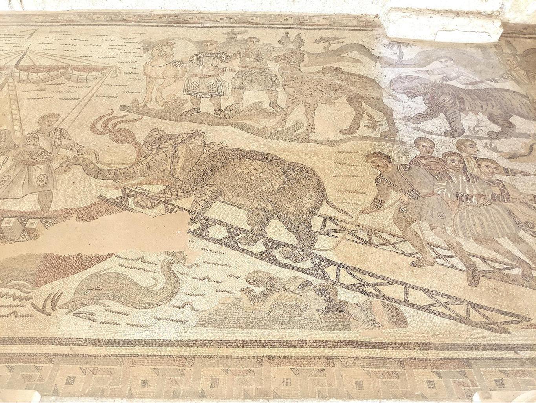 Mosaics at Villa Romana del Casale 01