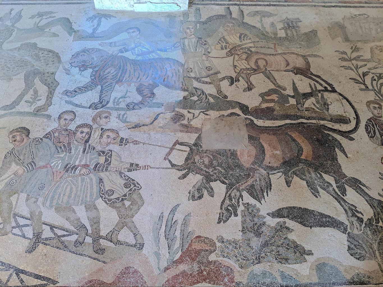 Mosaics at Villa Romana del Casale 02