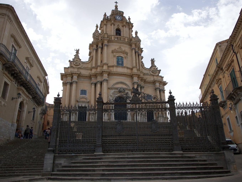Ragusa St. Giorgio Cathedral 02