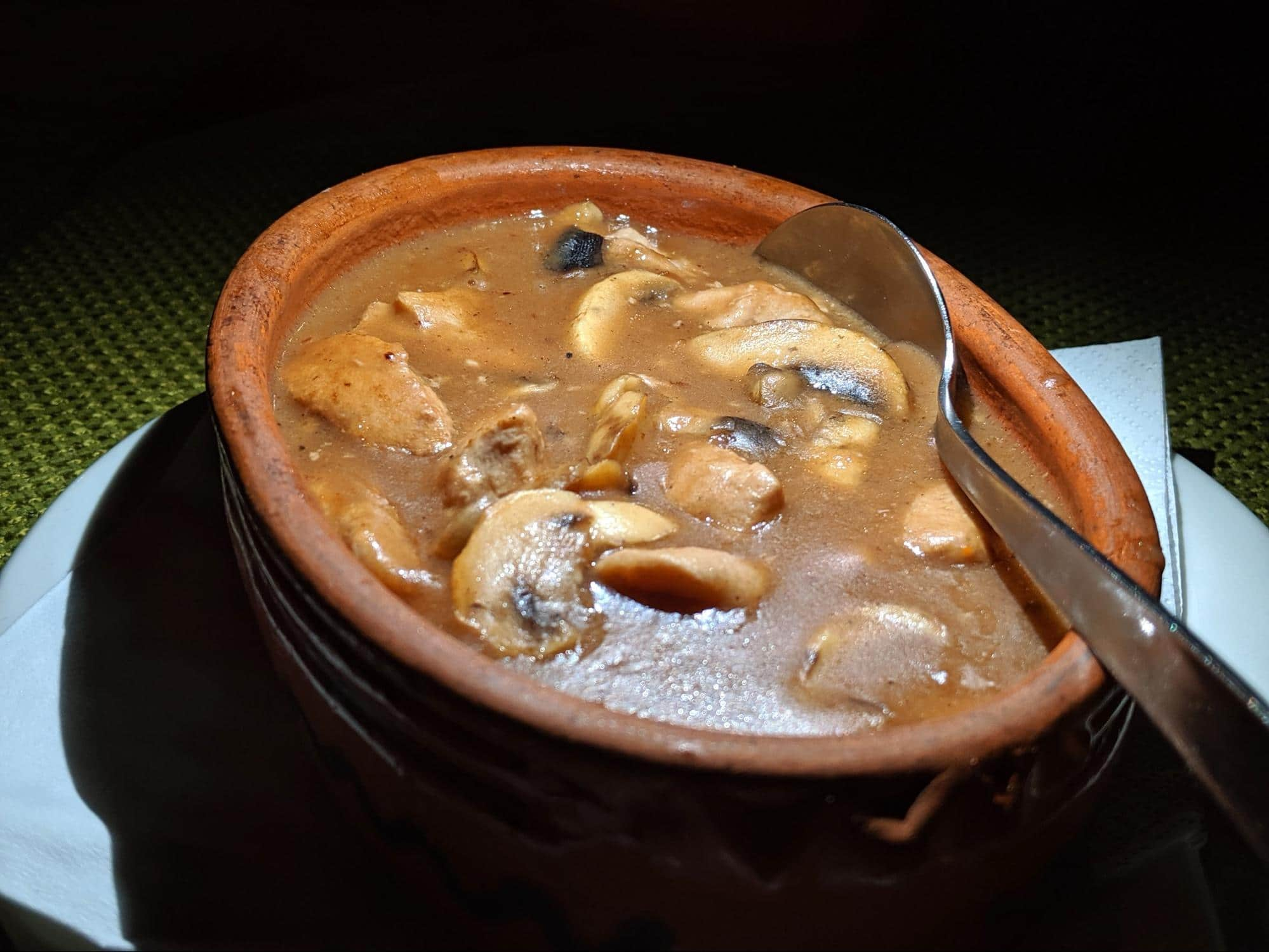 Selska Tava (meat and mushroom stew)