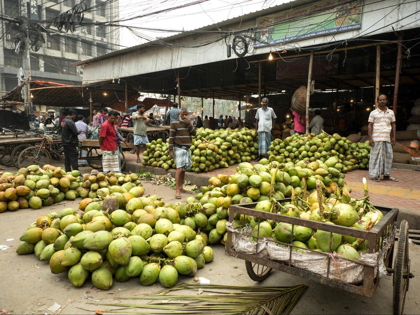 Slim sellers at the market