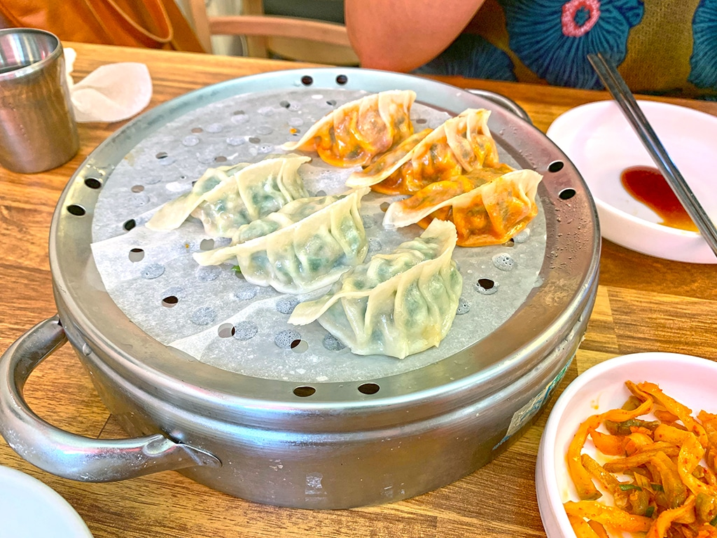 Dumplings were introduced into Korea during the Goryeo period