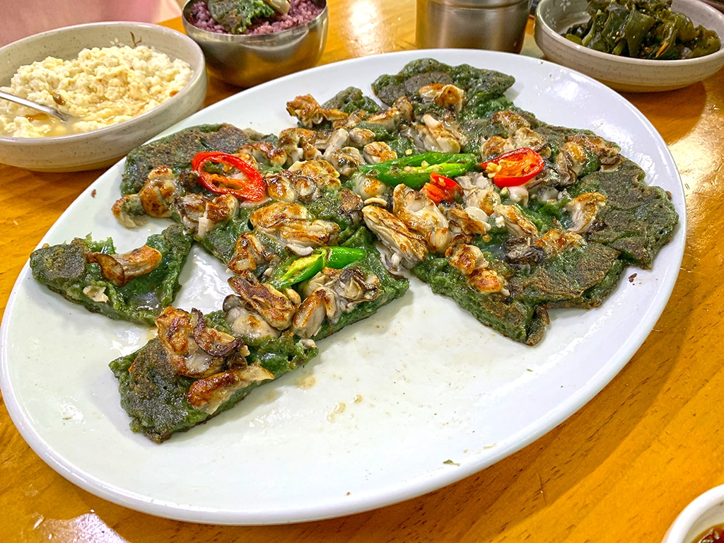 Seaweed and oyster jeon