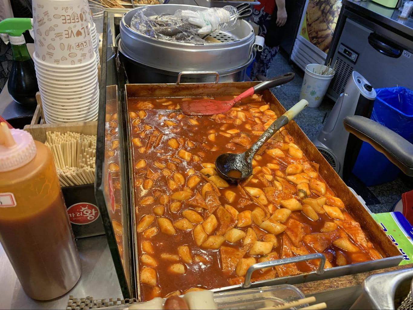 Tteokbokki or spicy rice cakes