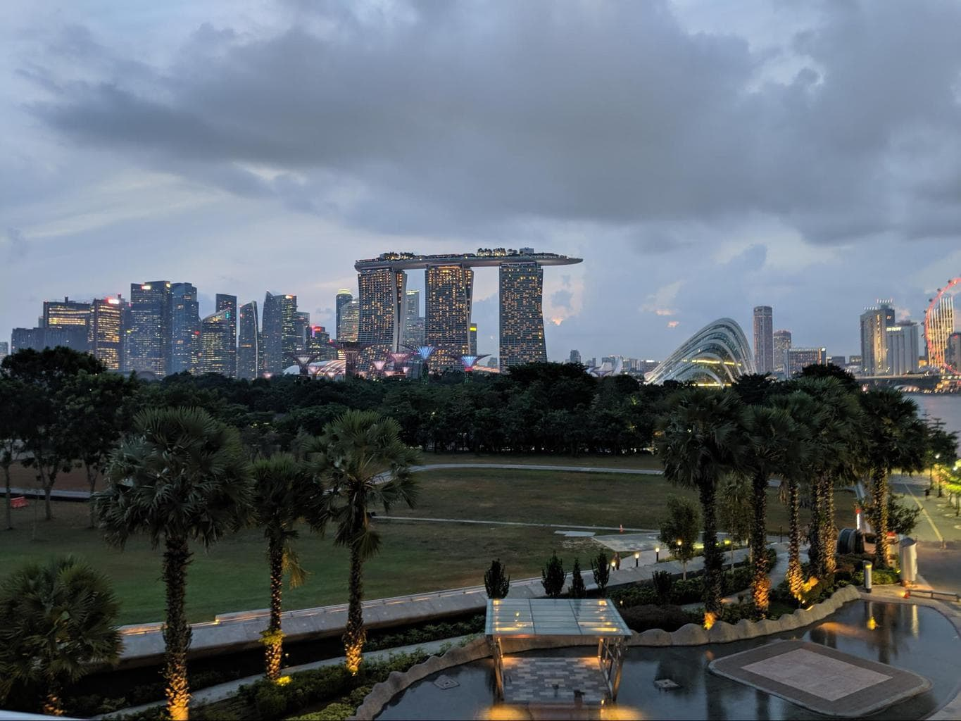 Free walking tours in Singapore View of Marina Bay from Marina Barrage
