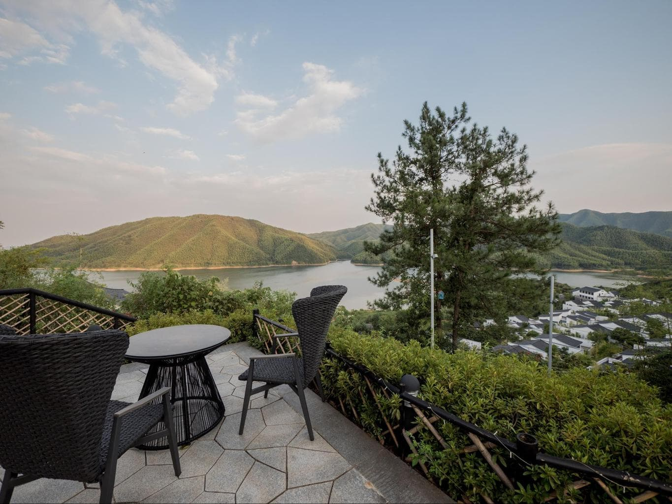 Hilltop chill-out spot at Alila Anji