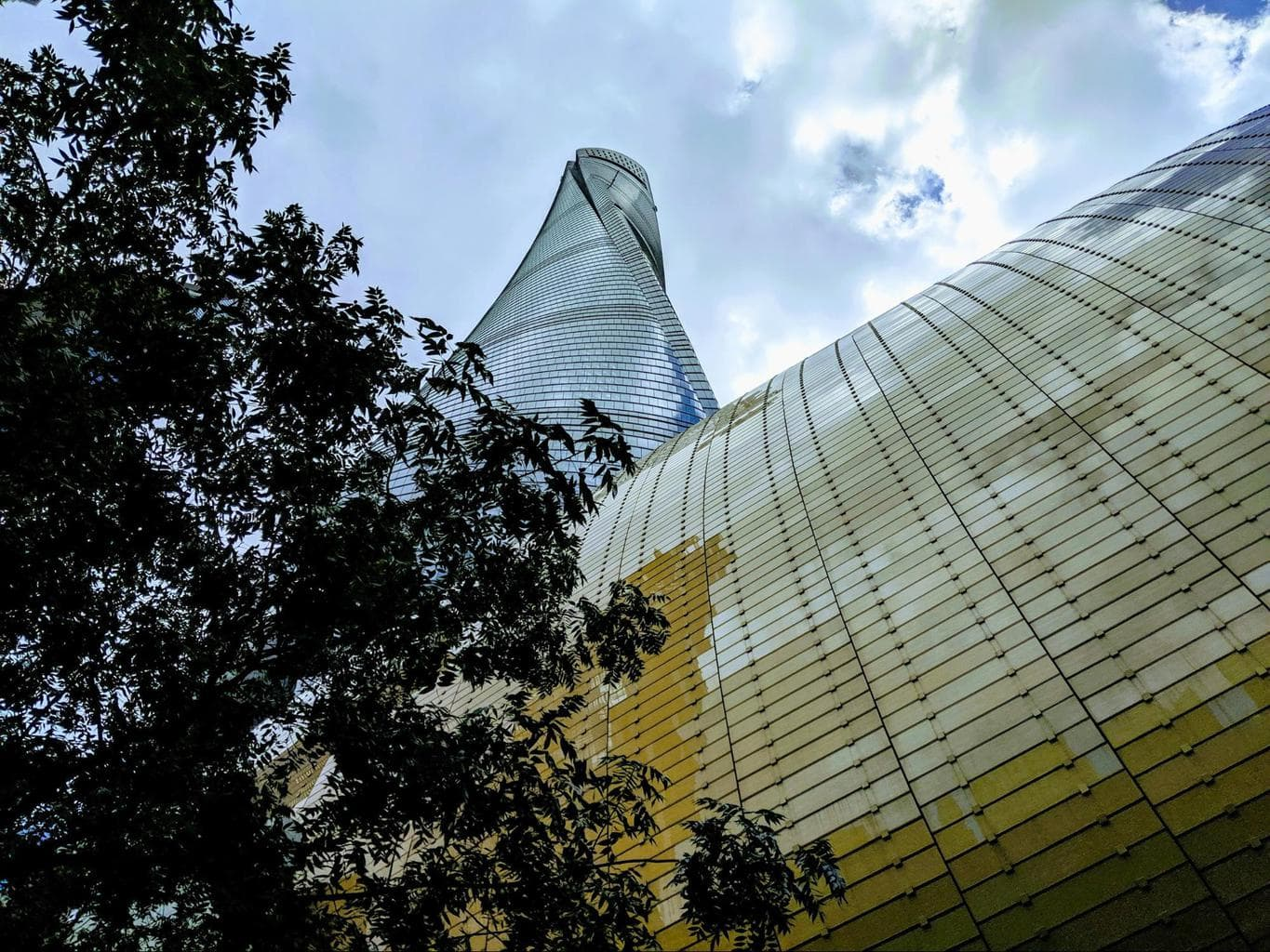The Shanghai Tower from the ground