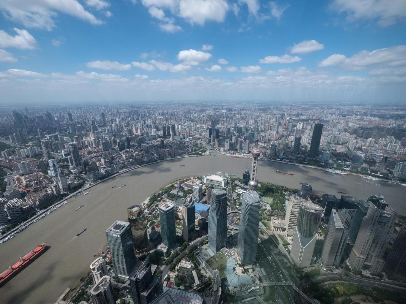 The views from the top of the Shanghai Tower