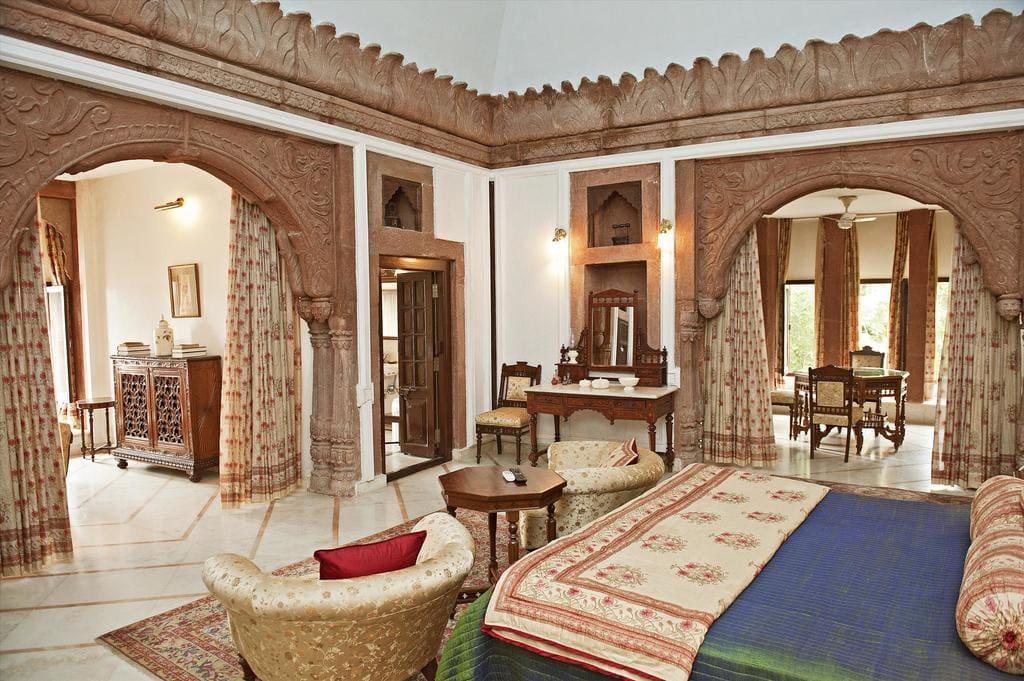 WelcomHeritage Bal Samand Lake Palace & Garden