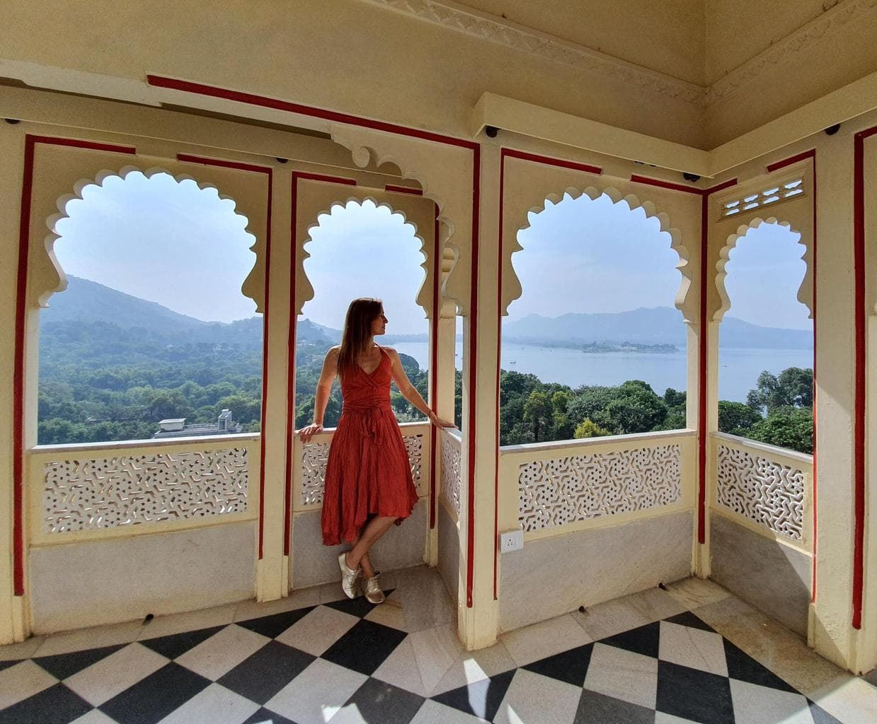 Balconies with lake views at Shiv Niwas Palace