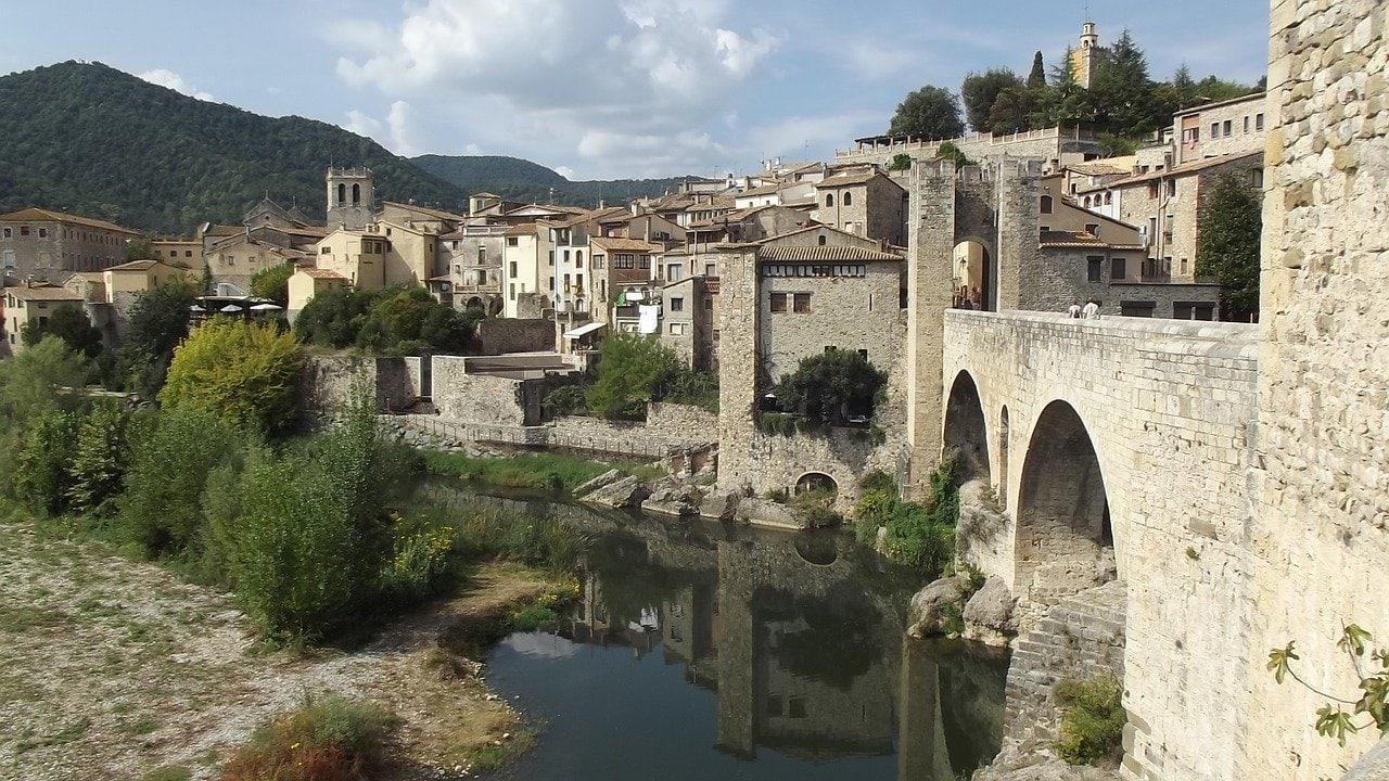 Catalonia castles