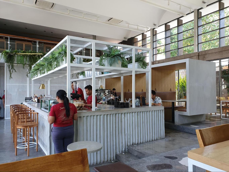 Full Circle Cafe interiors