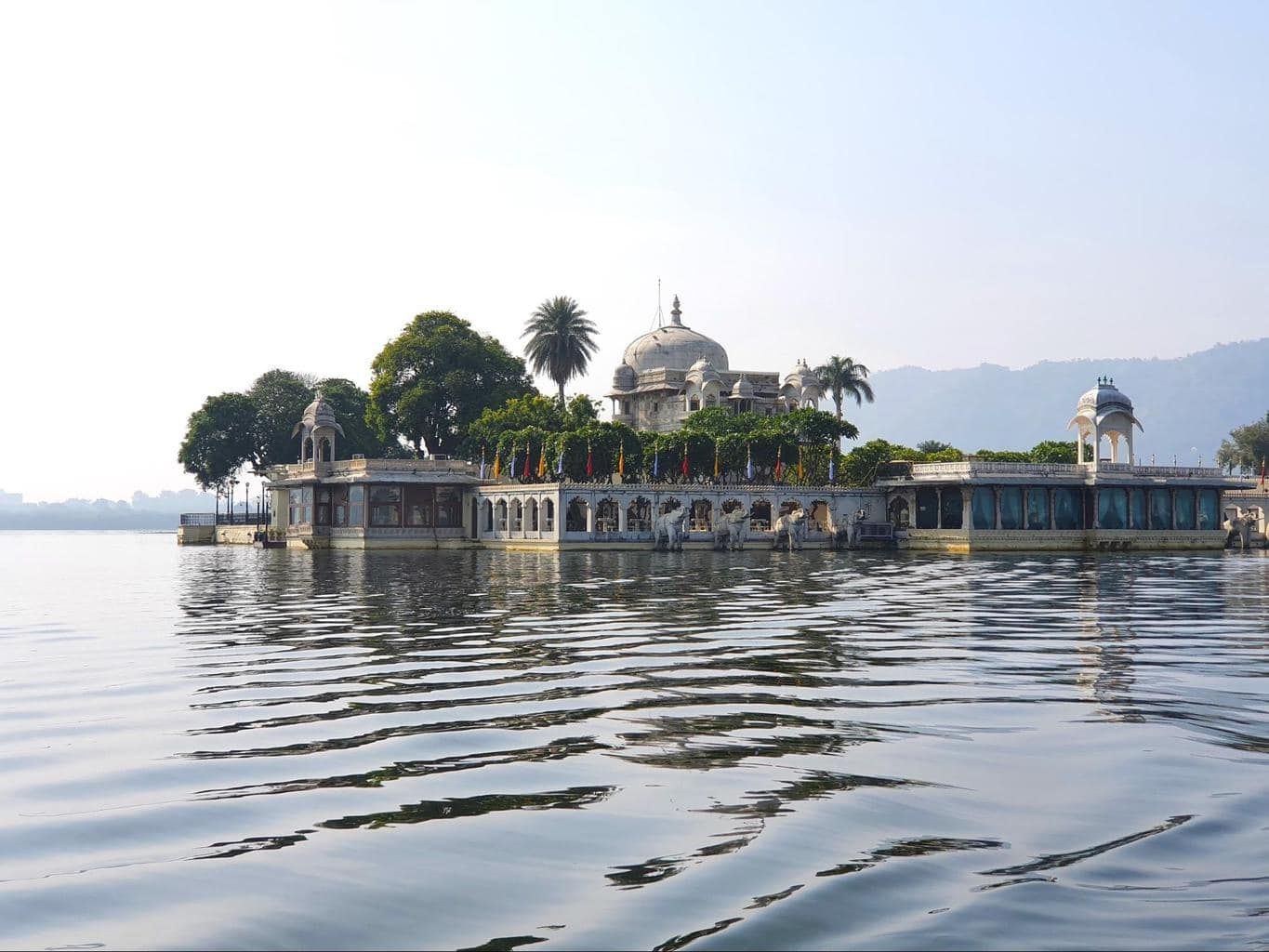 Jagmandir Palace from the water