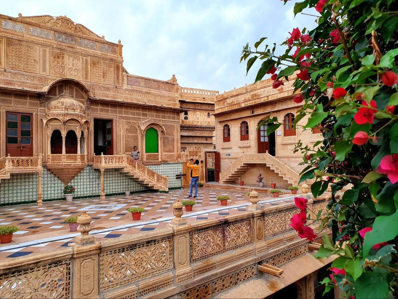 Mandir Palace walls in Jaisalmer