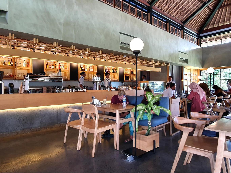 Pison Cafe Ubud interior